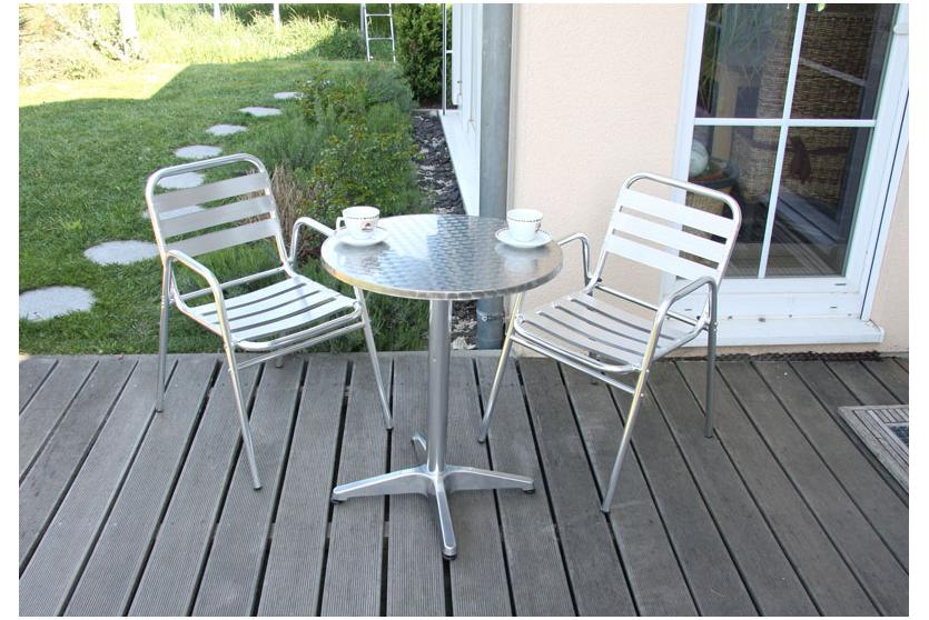 garten sitzgruppe bistro garnitur aluminium stapelbar tisch eckig 2x stuhl ebay. Black Bedroom Furniture Sets. Home Design Ideas