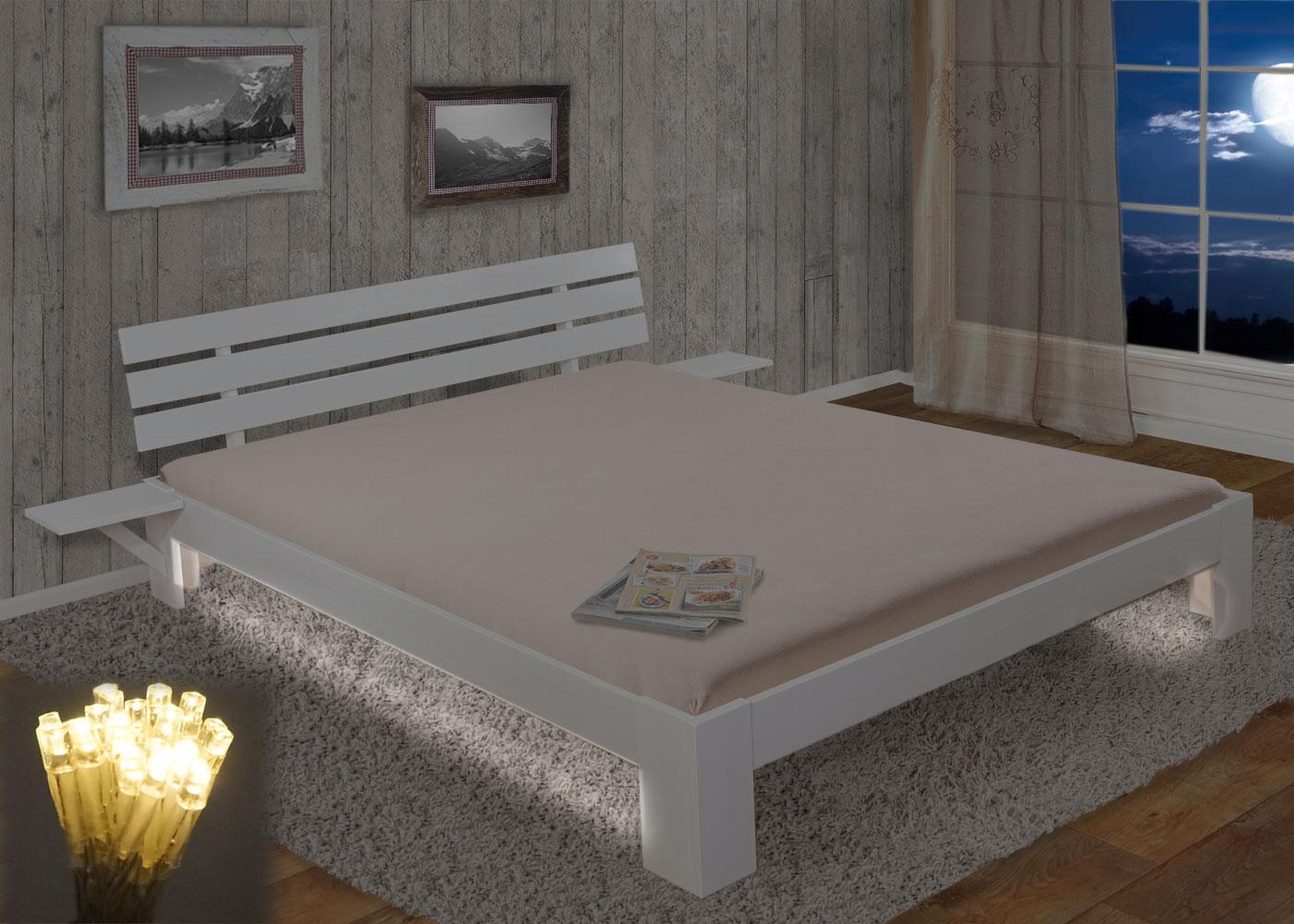 bett perth doppelbett massivholz inkl lattenrost ablage kiefer 160x200cm wei lackiert led. Black Bedroom Furniture Sets. Home Design Ideas